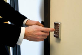 Commercial Locksmith Service Land O Lakes Fl 34638